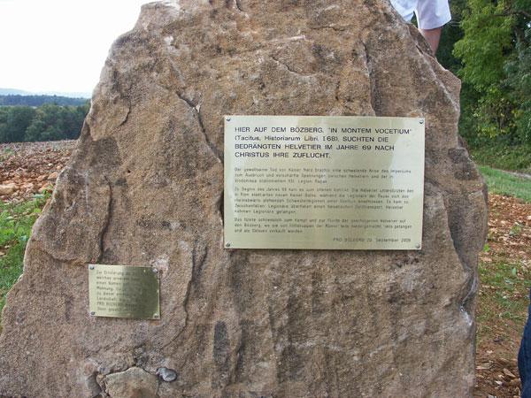 2009-Gedenkstein-3w